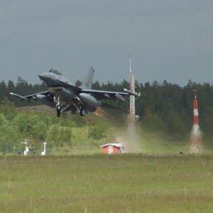 Julk_15_NoAF_F-16