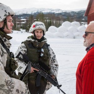 Cold Response 2016 taistellaan siviiliyhteiskunnan keskellä ja paikoin aivan norjalaisten takapihoilla