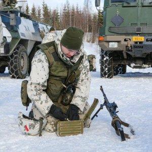 Aseen lataamista ennen ennen taisteluita