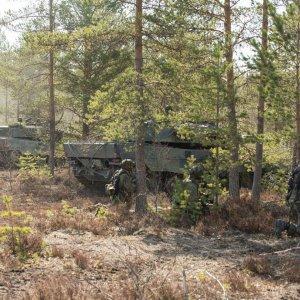 Joukkojen hyökätessä panssarivaunujen tuki on korvaamatonta