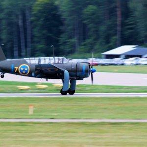 Syöksypommittaja B-17