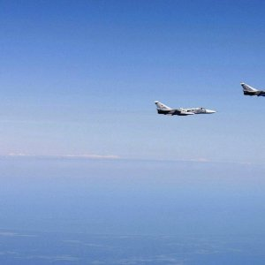 Hornet & Su-24